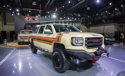 Gmc Middle East Desert Fox Concept Shown In Dubai News Car And Driver
