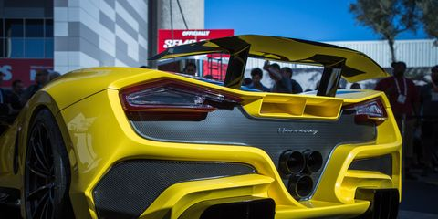 Land vehicle, Vehicle, Car, Automotive design, Yellow, Supercar, Sports car, Motor vehicle, Performance car, Automotive exterior,