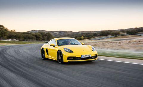 Land vehicle, Vehicle, Car, Automotive design, Supercar, Yellow, Sports car, Performance car, Coupé, Luxury vehicle,