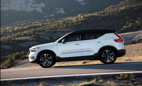Land vehicle, Vehicle, Car, Automotive design, Compact sport utility vehicle, Crossover suv, Sport utility vehicle, Mini SUV, Mid-size car, Luxury vehicle,