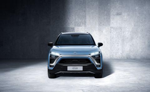 Land vehicle, Vehicle, Car, Automotive design, Mid-size car, Sport utility vehicle, Bumper, Grille, Mini SUV, Automotive exterior,