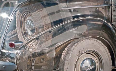 Motor vehicle, Vehicle, Car, Classic, Vintage car, Classic car, Antique car, Automotive wheel system, Fender, Auto part,