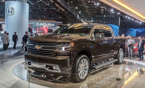 Land vehicle, Vehicle, Car, Auto show, Motor vehicle, Automotive tire, Tire, Pickup truck, Automotive design, Wheel,