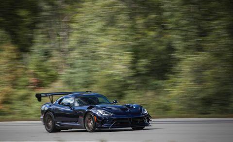 Land vehicle, Vehicle, Car, Sports car, Supercar, Automotive design, Coupé, Performance car, Chevrolet corvette c6 zr1, Chevrolet corvette,