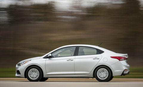 Land vehicle, Vehicle, Car, Mid-size car, Automotive design, Family car, Sedan, Compact car, Automotive exterior, Hyundai,