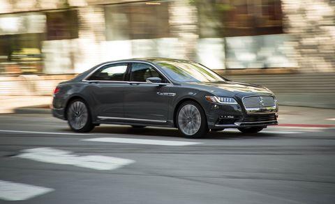 Land vehicle, Vehicle, Car, Automotive design, Mid-size car, Luxury vehicle, Full-size car, Personal luxury car, Sedan, Rim,