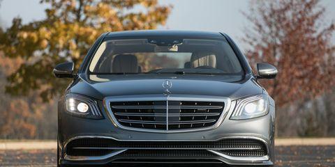 Land vehicle, Vehicle, Car, Luxury vehicle, Motor vehicle, Grille, Automotive design, Personal luxury car, Mid-size car, Executive car,