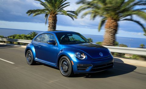 Land vehicle, Vehicle, Car, Motor vehicle, Blue, Volkswagen new beetle, Volkswagen beetle, Rim, Subcompact car, Volkswagen,
