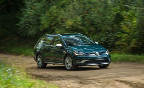 Land vehicle, Vehicle, Car, Volkswagen, Hatchback, Mid-size car, Volkswagen touareg, Compact car, Hot hatch, Volkswagen tiguan,