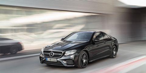 Land vehicle, Car, Automotive design, Personal luxury car, Vehicle, Luxury vehicle, Mercedes-benz, Mid-size car, Rim, Performance car,