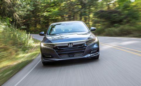 Land vehicle, Vehicle, Car, Automotive design, Mid-size car, Honda, Grille, Headlamp, Personal luxury car, Luxury vehicle,