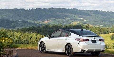 Land vehicle, Vehicle, Car, Automotive design, Mid-size car, Rim, Sedan, Sports sedan, Tire, Automotive wheel system,