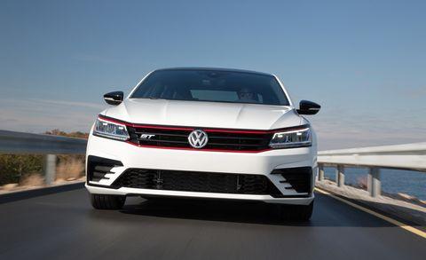 Land vehicle, Vehicle, Car, Bumper, Automotive design, Grille, Volkswagen, Alloy wheel, Automotive exterior, Mid-size car,
