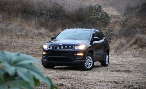 Land vehicle, Vehicle, Car, Regularity rally, Compact sport utility vehicle, Sport utility vehicle, Jeep, Motor vehicle, Natural environment, Automotive design,