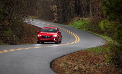 Land vehicle, Vehicle, Car, Automotive design, Mid-size car, Full-size car, Hot hatch, Compact car, Road, Performance car,