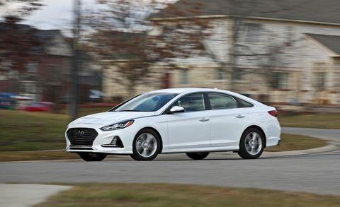 Land vehicle, Vehicle, Car, Mid-size car, Automotive design, Sedan, Ford motor company, Family car, Hyundai, Full-size car,