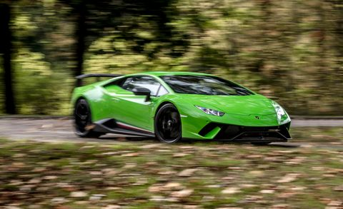 Land vehicle, Vehicle, Car, Supercar, Sports car, Automotive design, Green, Lamborghini, Lamborghini aventador, Yellow,