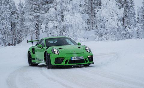 Land vehicle, Vehicle, Car, Automotive design, Supercar, Sports car, Motor vehicle, Luxury vehicle, Porsche, Snow,