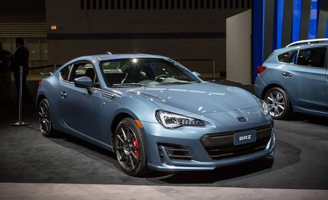 Land vehicle, Vehicle, Car, Auto show, Automotive design, Performance car, Luxury vehicle, Personal luxury car, Sports car, Bumper,