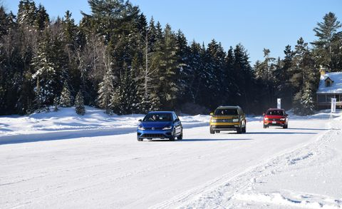 Snow, Winter, Vehicle, Car, Freezing, Mode of transport, Tree, Road, Ice, Automotive tire,