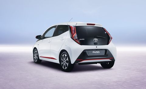 Land vehicle, Vehicle, Car, Motor vehicle, Automotive design, City car, Hatchback, Bumper, Hot hatch, Mid-size car,