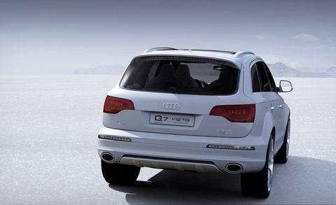 Land vehicle, Vehicle, Car, Motor vehicle, Audi, Automotive design, Sport utility vehicle, Luxury vehicle, Automotive tire, Audi q7,