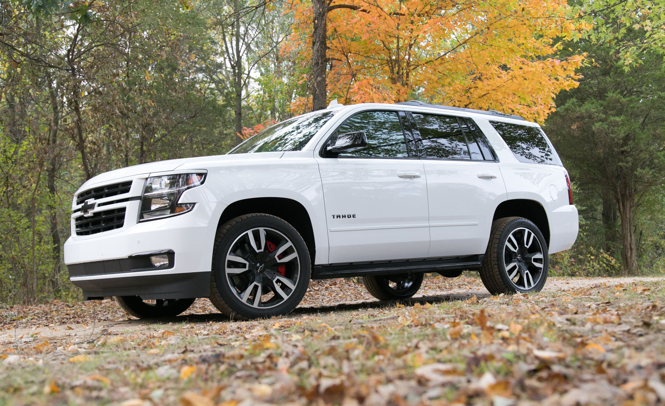 2019 Chevrolet Tahoe Review Pricing And Specs