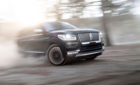 Land vehicle, Car, Vehicle, Automotive design, Automotive tire, Sport utility vehicle, Wheel, Automotive wheel system, Luxury vehicle, Grille,