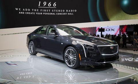 Land vehicle, Vehicle, Car, Auto show, Automotive design, Luxury vehicle, Personal luxury car, Mid-size car, Executive car, Sedan,