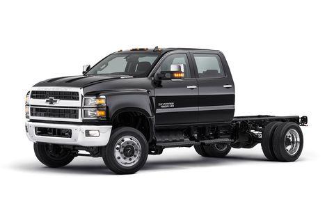 Land vehicle, Vehicle, Car, Motor vehicle, Truck, Pickup truck, Bumper, Automotive design, Commercial vehicle, Tire,