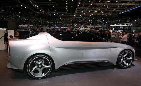Land vehicle, Vehicle, Car, Automotive design, Concept car, Auto show, Alloy wheel, Personal luxury car, Mid-size car, Family car,