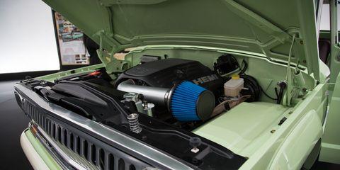 Land vehicle, Vehicle, Car, Motor vehicle, Hood, Headlamp, Automotive lighting, Muscle car, Auto part, Engine,