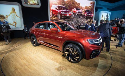 Land vehicle, Vehicle, Car, Auto show, Automotive design, Motor vehicle, Sport utility vehicle, Compact sport utility vehicle, Luxury vehicle, Mini SUV,