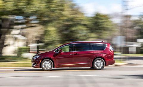 Land vehicle, Vehicle, Car, Minivan, Compact mpv, Family car, Automotive design, Crossover suv, Hatchback, Compact car,