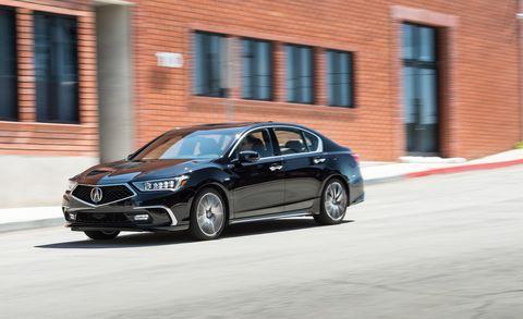 Land vehicle, Vehicle, Car, Luxury vehicle, Mid-size car, Automotive design, Motor vehicle, Full-size car, Personal luxury car, Executive car,