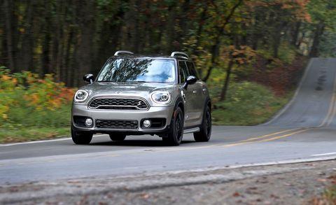 Land vehicle, Vehicle, Car, Mini, Mid-size car, Automotive design, Mini cooper, Luxury vehicle, Personal luxury car, Subcompact car,