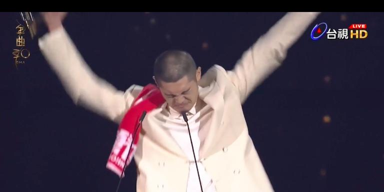 【金曲30】Leo 王爆冷奪「最佳國語男歌手」:很幸運生在台灣,想寫什麼就寫什麼是最重要的!