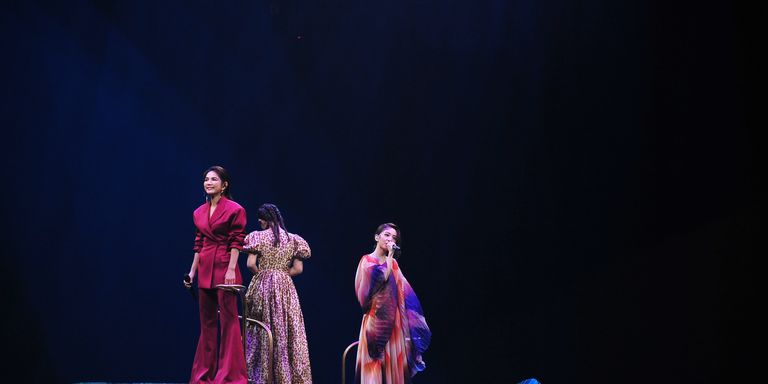 【金曲30】永遠女子天團S.H.E 合體表演〈17〉、〈美麗新世界〉!三人靠默契掩蓋Selina 聲音超感人