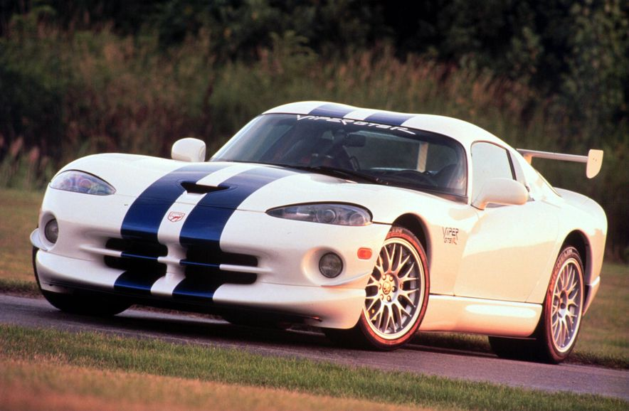 Snake, Recoiled: A Visual History of the Dodge Viper - Slide 8