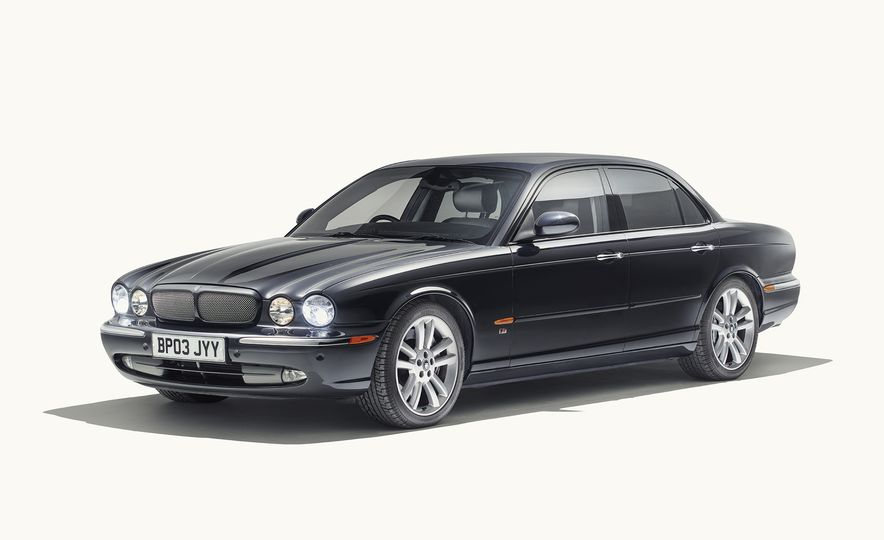 A Visual History of the Jaguar XJ's 50 Years of Elegance - Slide 10