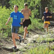 Leg, Plant, Recreation, Leisure, People in nature, Outdoor recreation, Shorts, Summer, Active shorts, Trail,