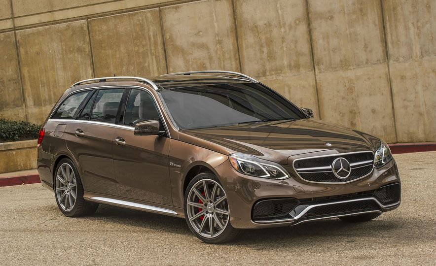 A Visual History of AMG-Modified Mercedes-Benz E-class Wagons - Slide 13