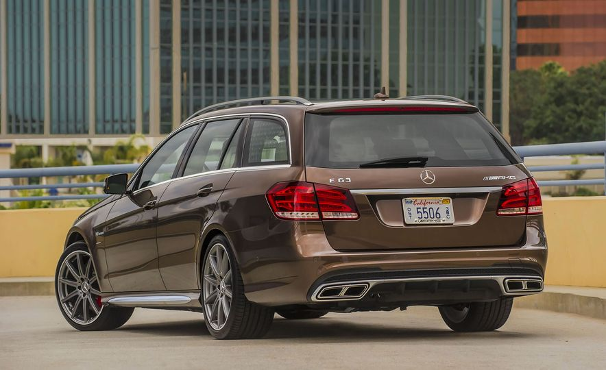A Visual History of AMG-Modified Mercedes-Benz E-class Wagons - Slide 14