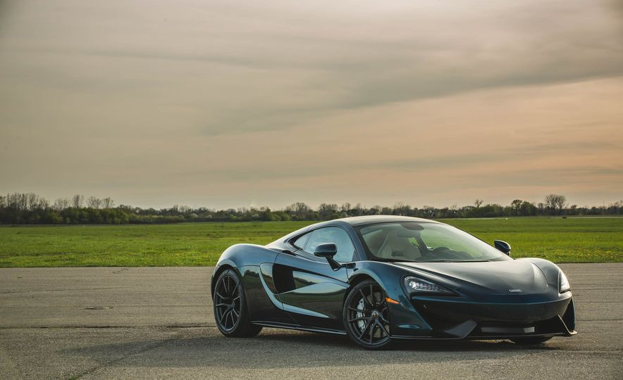 Every 200-MPH Production Car You Can Buy Today - Slide 14