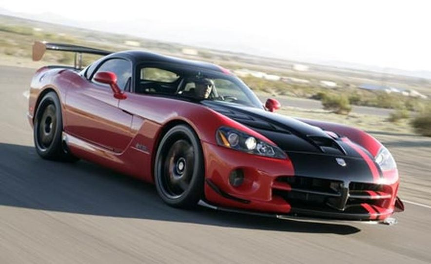 Snake, Recoiled: A Visual History of the Dodge Viper - Slide 16