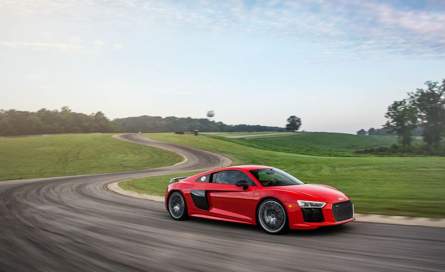 Every 200-MPH Production Car You Can Buy Today - Slide 17
