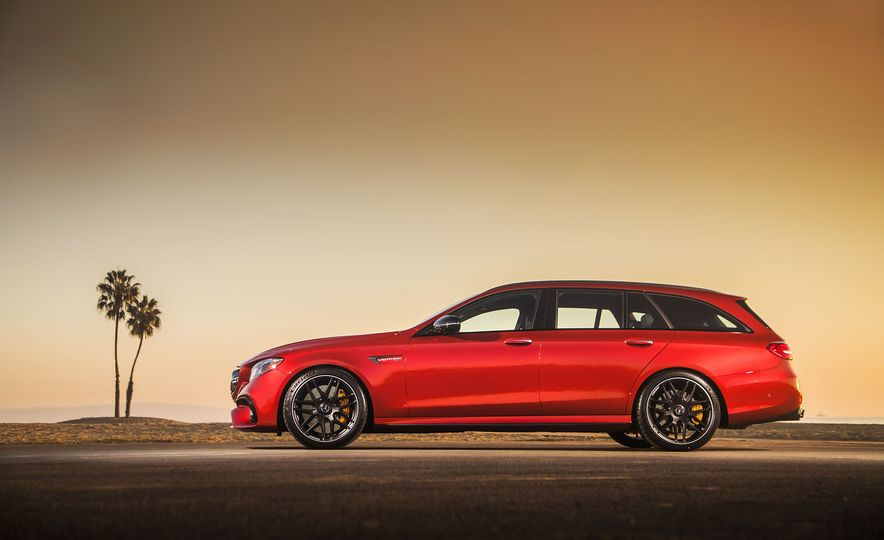 A Visual History of AMG-Modified Mercedes-Benz E-class Wagons - Slide 16