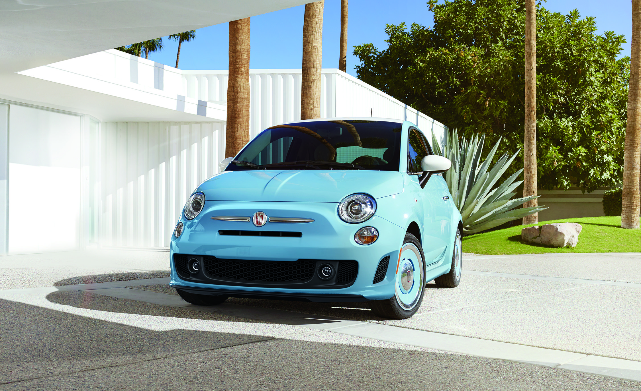 The Fiat 500 1957 Edition Is Back, Adding Turbo Power to Retro Charm