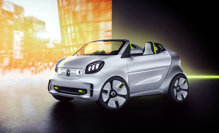 The Electric Smart Forease Concept Celebrates 20 Years of City-Car Styling