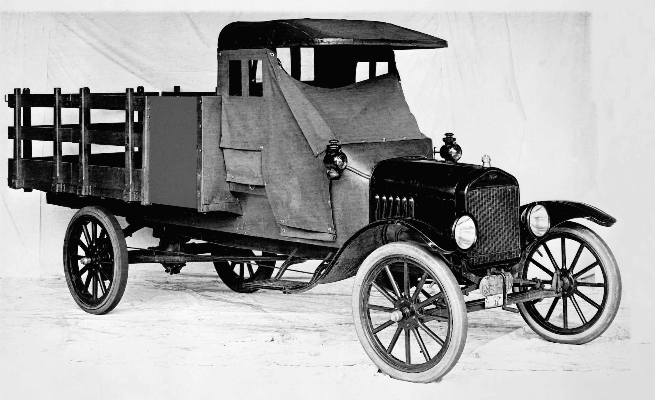 Fords F Series Pickup Truck History From The Model Tt To Today
